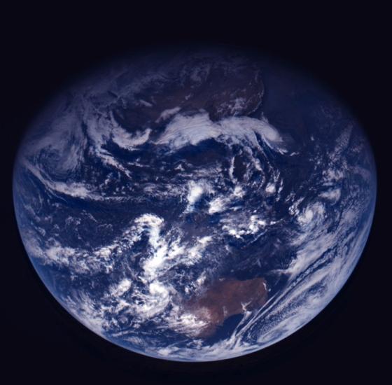 earth-trueColors